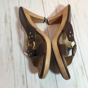 Michael Michael Kors 8.5 Brown Leather Wood Heel